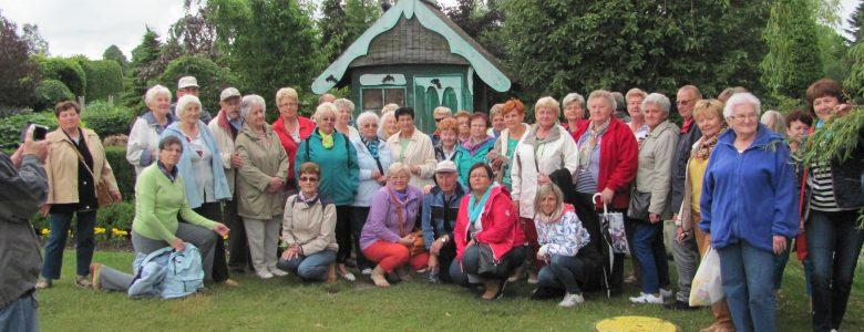 Wycieczka nowotomyskich seniorów do Sarbinowa